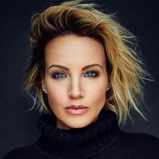 Brianne Davis - Author of the book Secret Life of a Hollywood Sex & Love Addict