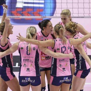 00,20 Volley: Casal Maggiore Campione d'Europa con una grande PICCININI - Mediaset Premium