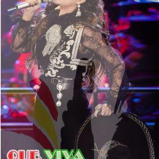 Especial @laurapausini Que Viva Mexico!!