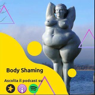 Live: Vanessa Incontrada in copertina contro il body shaming