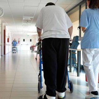 Coronavirus, Oms: la metà dei decessi in Europa avvenuti nelle case di cura