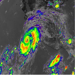 En alerta cinco estados por huracán Genevieve