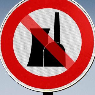 Bundesregierung will fünf AKWs abschalten (am 15.03.2011)
