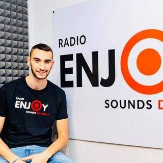 Radio Enjoy: con Consulenza Radiofonica passi da gigante