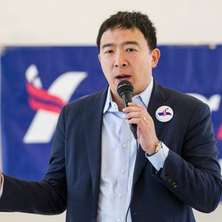 [Mr. Tian] Who is Andrew Yang, Explained under 3 Minutes