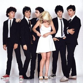 Classicos do Rock o Podcast #1321 #blondie #GnFnR #whatif #stayhome #wearamask #xbox #laremesamala #rickandmorty #loki
