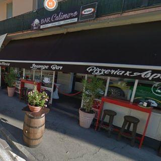 Ruba la Vespa al sindaco, spacca i vetri di auto e assalta un bar: tutto in un giorno
