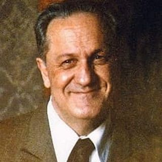 28 maggio 1920. Nasce Luciano Capra