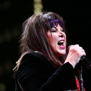"""60 seconds with Ann Wilson on her new single, """"The Hammer!"""""""