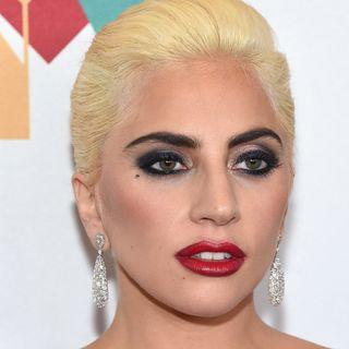 Lady Gaga, NFL Season &  Freddie Prinze Jr.