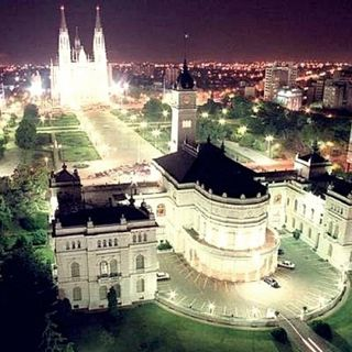 La Ciudad de La Plata air