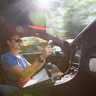 KAOS på bilafgiftsområdet – få Kuffert & Kørehandskers gode råd HER
