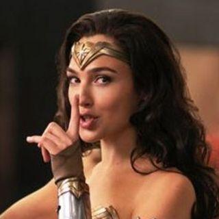 Mulher-Maravilha nos cinemas, outra supermulher na Netflix