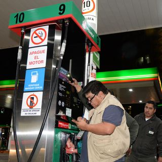 Gasolineras serían suspendidas por aumentos: Profeco