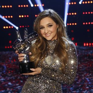 Alisan Porter Wins NBC's The Voice