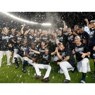 NY Yankees clinch AL East!! NY Mets still in the hunt!!