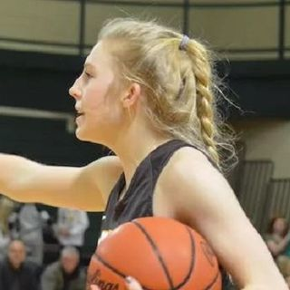 Prep Athlete of the Week - Megan Morehouse - Zeeland East Girls Basketball
