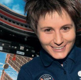 AstronautiCAST 12×06 – Quattro chiacchiere con Samantha Cristoforetti
