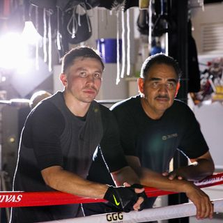 Ringside Boxing Show: GGG & Sanchez, the stunning divorce; weekend slugfests; Canelo-Jacobs; plus Nate Campbell