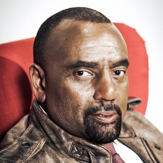 Mon, Feb 25 Hour 2: Jesse Lee Peterson Interviews Rev. Floyd Thompkins