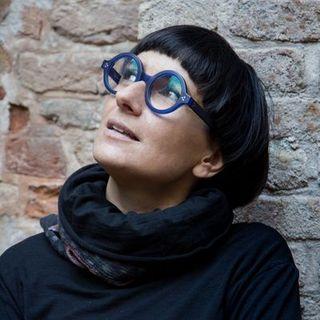 """Intervista ad Anna Toscano, poetessa, conduttrice dello stage """"Costellazioni"""""""