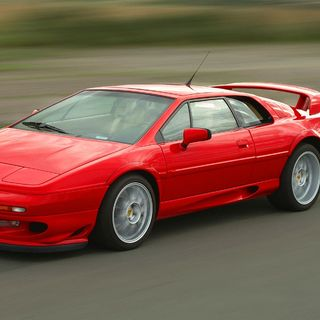 174 | Lotus Esprit and why we love OLD cars!