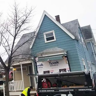Truck Smashes Into House In Beverly; Driver Flees