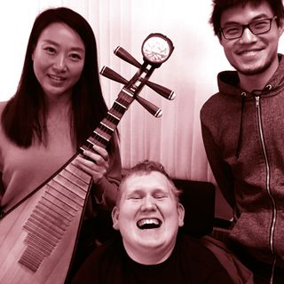 Antons etniske hjørne - med den kinesiske pipa-spiller Qi Jie