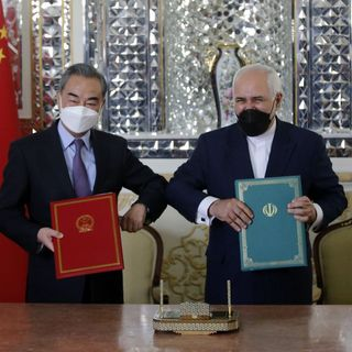 Oltre Confine: USA, Cina, Iran, Turchia