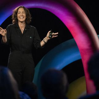 How drawing invites authentic connection   Wendy MacNaughton
