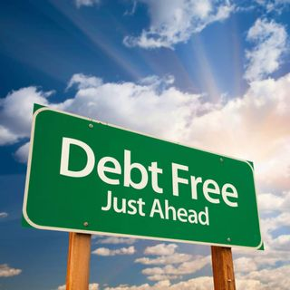How to Stay on a Budget and Become Debt-Free