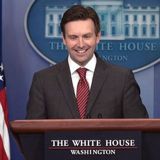 White House Spokesman Deceives Public From Podium