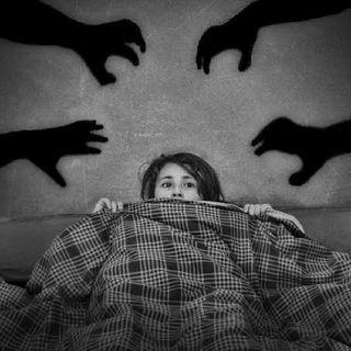 Manipulación y Miedo