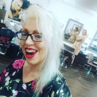 Professionals, Social Media Curses, True Life- Countess of Brighton & Hackney Diaries
