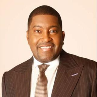 Pastor E Dewey Smith of the House of Hope