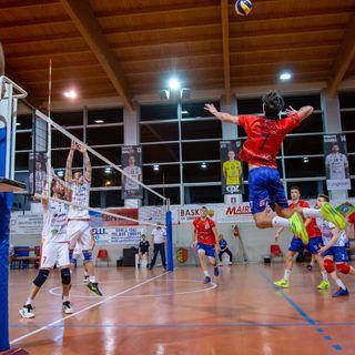 Tutto Qui - Martedì 04 Giugno - Intervista al coach del Volley Parella Gigi Pezzoli