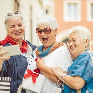 Benefits of Traveling for Seniors - Elderly Vacations