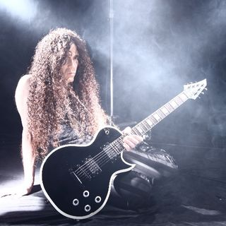 MARTY FRIEDMAN Digs Deep