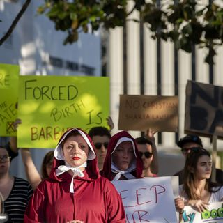 Alabama abortion ban bill ignites legal, political battle