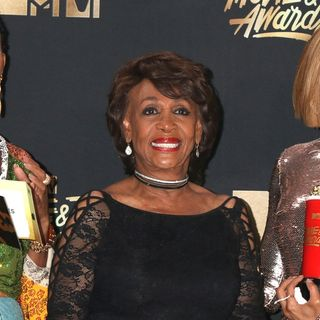 Maxine Waters Is A Moron
