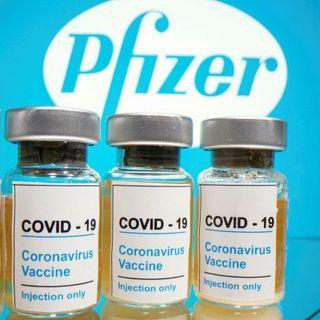 """Usa, ok al vaccino Pfizer-BioNTech. Trump: """"Prime dosi entro 24 ore"""""""