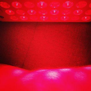 #33 Rødt lys terapi på led og muskler - et review af humane kliniske studier (artikel)