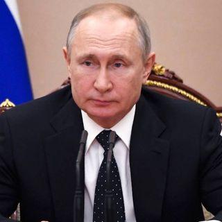 """La Russia registra il suo vaccino anti-Covid. Putin: """"iniettato anche a mia figlia"""""""