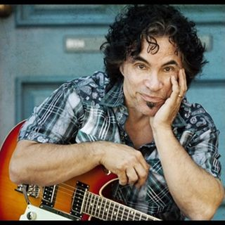 INTERVIEW WITH JOHN OATES ON DECADES WITH JOE E KRAMER