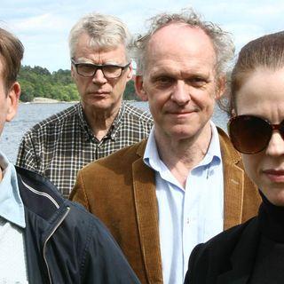 Göran varnar för undulatförmörkelse, Jessika spanar om kroppsuppfattning och missuppfattning & Jonas siar om hur bankerna gör slut ...