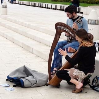 How to pay for your travels by busking