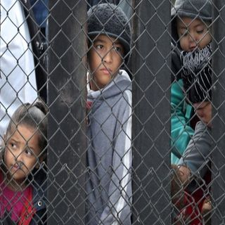 Niños migrantes recibirán estatus de refugiados