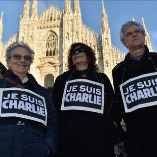 Milano manifesta contro il terrorismo