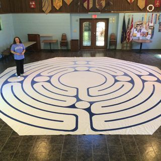 Weaving Peacemaking with Social Justice on the Labyrinth