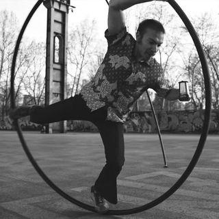 Giulio Linguiti: circo, tradizioni e superdrama!